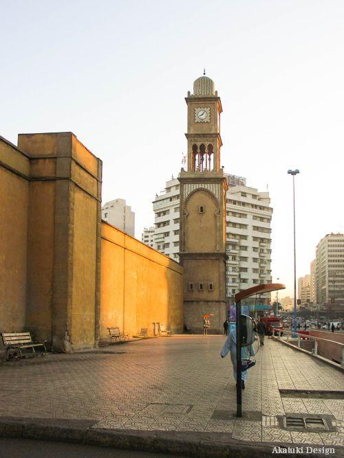 旧メディナの時計台