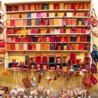 革細工の露店