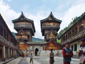 南サラハン・ビジュト寺院