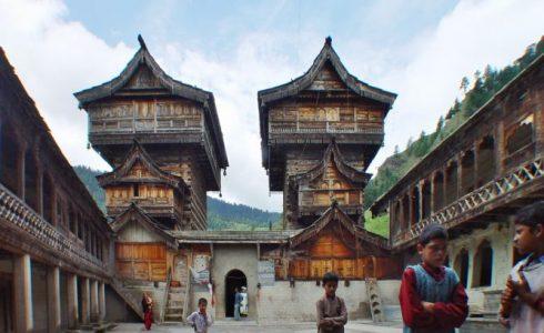 南サラハン・ビジャト寺院